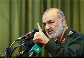 """سردار سلامی: واکنشمان به حادثه تروریستی اهواز """"پشیمانکننده، نابودگر و ویرانگر"""" خواهد بود"""