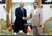 دیدار مشاور امنیت ملی افغانستان با شمخانی