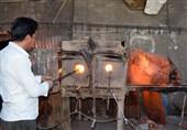 تهران| سرنوشت محتوم شیشه و بلور ورامین؛ وقتی سنگ بیتدیبری امید کارگران بلورسازی را هدف میگیرد+فیلم
