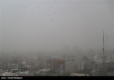 طوفان و گرد و خاک تهران از پشت بام پردیس چارسو