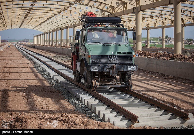Iran, India to Finalize Railroad Project Deal