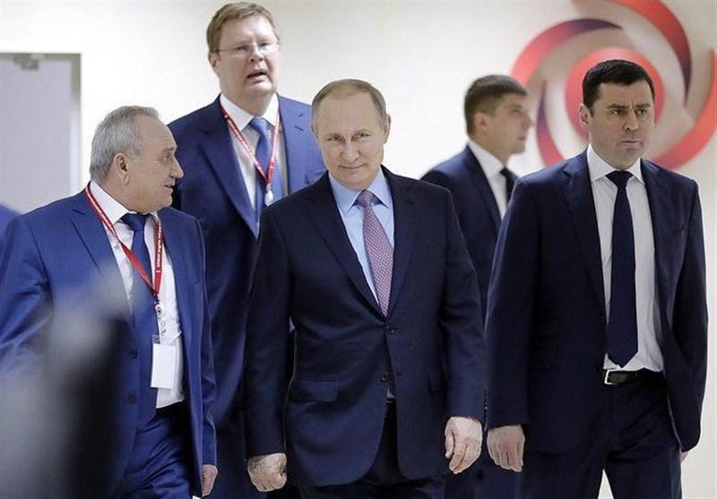 پوتین: کارآیی تسلیحات روسی در سوریه باعث رشد صادرات سلاح شده است