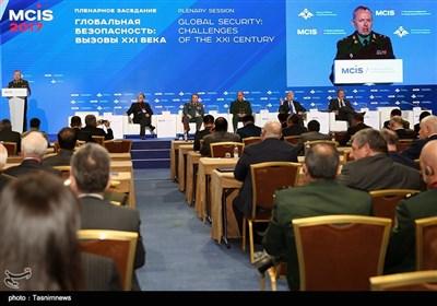 دیدارهای وزیر دفاع در ششمین نشست امنیت بینالملل - مسکو