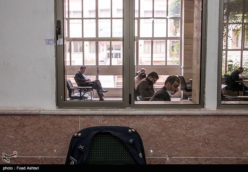 دانشجویان ترجیح میدهند با شرکت در آزمون دکتری، بیکاری را به تأخیر بیندازند