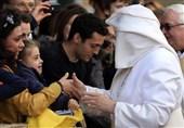 پاپ در باد
