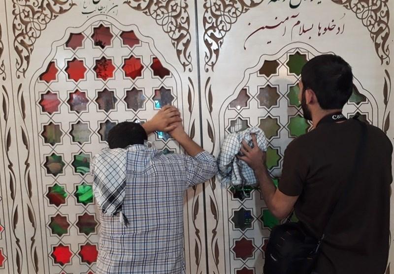 حضور زائران افغانستانی اربعین در معراج شهدای اهواز