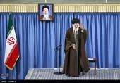 جمعی از کارگران با امام خامنهای دیدار کردند
