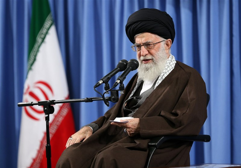 Düşman Kelimenin Tam Anlamıyla İran Halkından Korkuyor