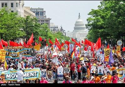 تظاهرات هزاران آمریکایی در مقابل کاخ سفید