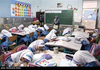 در آستانه روز معلم