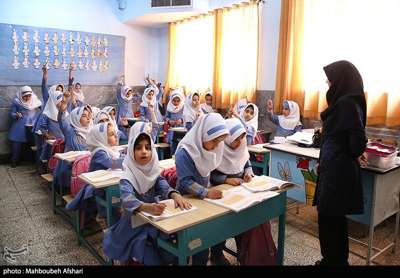 نظرات مخاطبان تسنیم درباره وضعیت معلمان؛ از حرف بگذرید