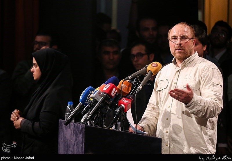 بالصور.. مؤتمر لداعمی المرشح الرئاسی محمد باقر قالیباف
