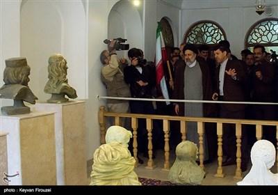 Raisi Goes to Kurdistan in Race for Presidency