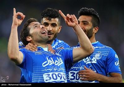 دیدار تیم های فوتبال استقلال و سپاهان