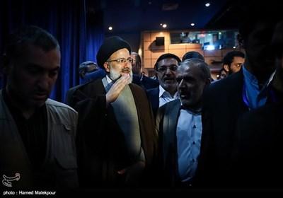 ورود حجتالاسلام سید ابراهیم رئیسی به همایش حامیان پزشکی