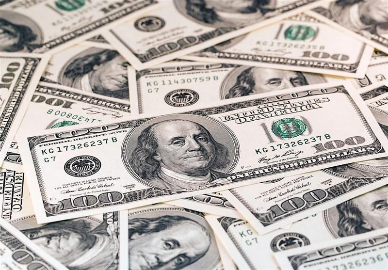 عملیات مشترک پلیس و بانک مرکزی در بازار ارز/پلمب 10 صرافی و دستگیری 90 دلال