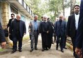 روحانی در پادگان نوده با خانوادههای جانباختگان معدن آزادشهر دیدار کرد