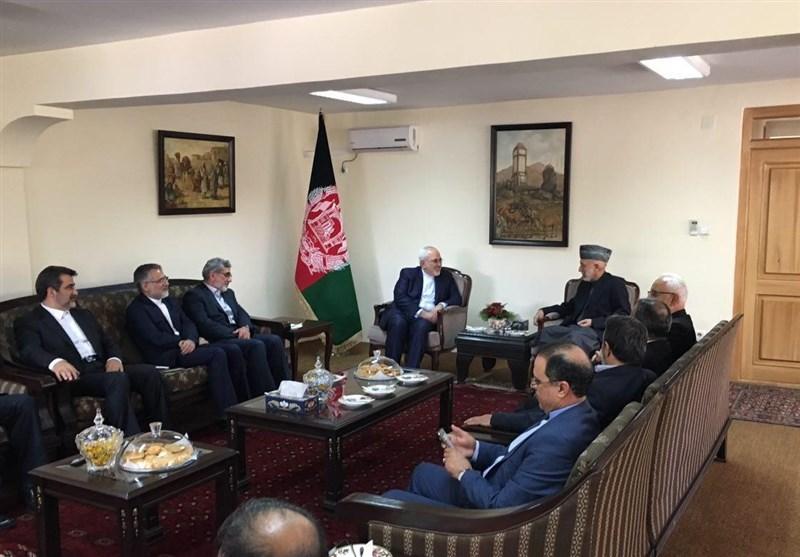 ظریف یلتقی بالرئیس الأفغانی السابق حامد کرزای