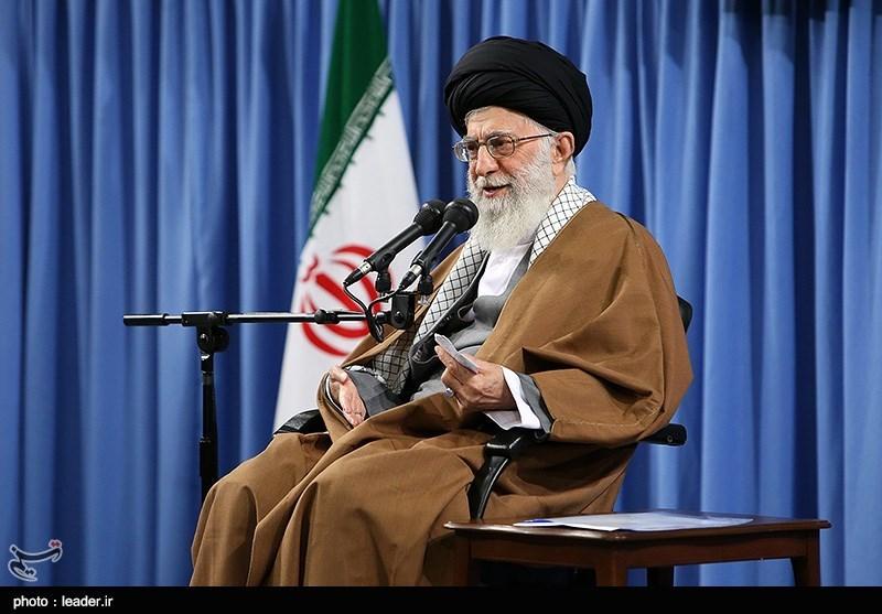 الامام الخامنئی: للجمهوریة الإسلامیة هیبة فی عین أعدائها ومشارکة الشعب مصدر هذه الهیبة