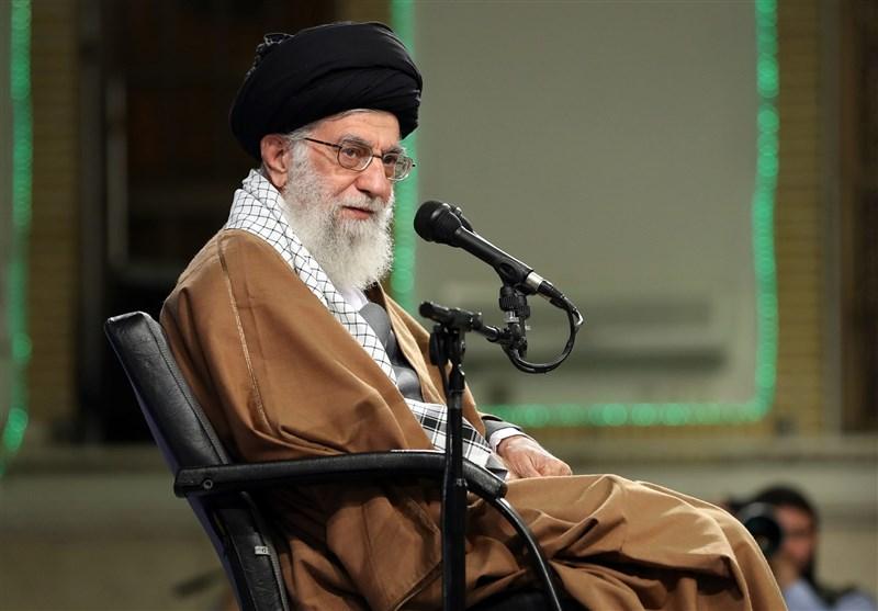 Leader Urges Upgrading Islamic-Iranian Paradigm of Progress
