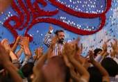 مولودیخوانی «محمود کریمی» در وصف حضرت مهدی(عج) + صوت