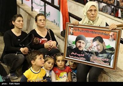 بالصور.. مراسم تکریم عوائل الشهداء فی سوریا