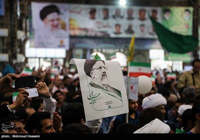 People Greet Presidential Candidate Raisi in Ahwaz