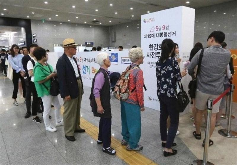 جنوبی کوریا میں صدارتی انتخاب کیلئے پولنگ جاری / مون جے اِن کی کامیابی کے روشن امکانات