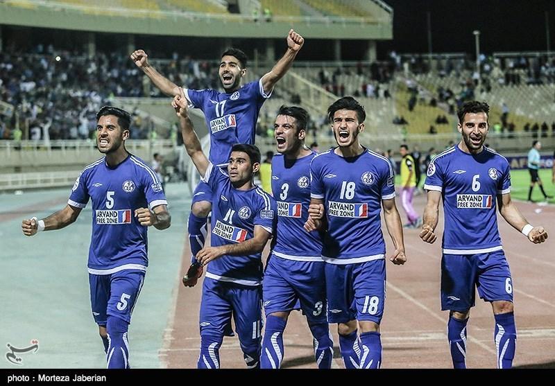 دیدار تیم های فوتبال استقلال خوزستان و الجزیره امارات