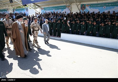Leader Attends Graduation Ceremony at Imam Hussein (AS) University