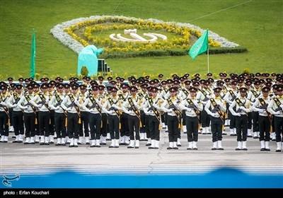 ایرانی کیڈٹس کی پاسنگ آوٹ پریڈ کی تصویری جھلکیاں