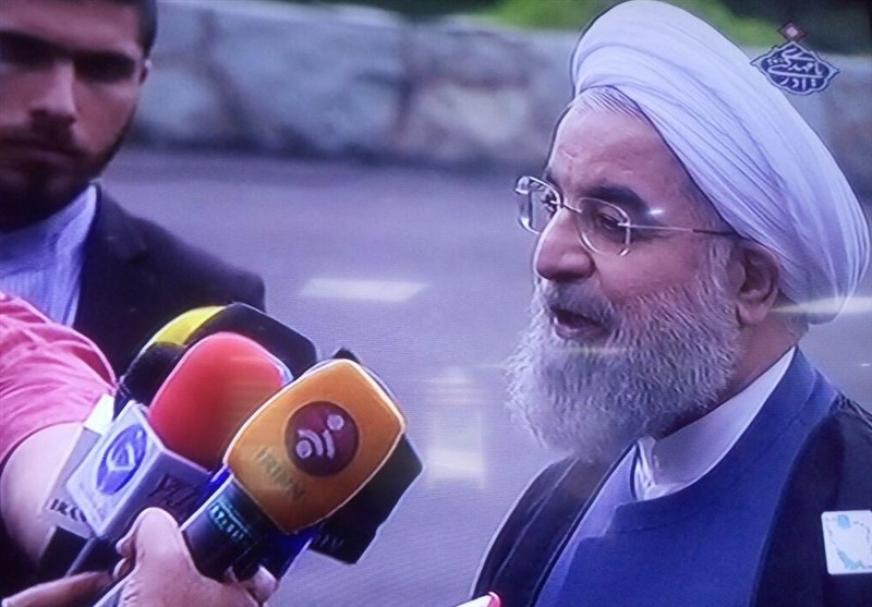 روحانی:کاندیداها در مناظره اقتصادی به سوابق خودشان اشاره کنند + فیلم