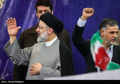حضور حجتالاسلام سید ابراهیم رئیسی در جمع مردم ورامین