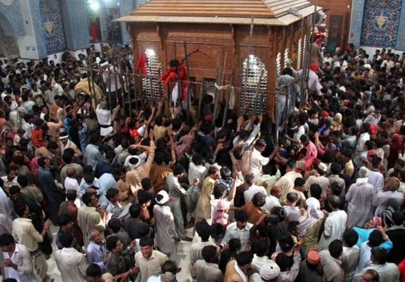 سیکورٹی کے کڑے انتظامات میں حضرت لعل شہباز قلندر کے تین روزہ عرس کا آغاز