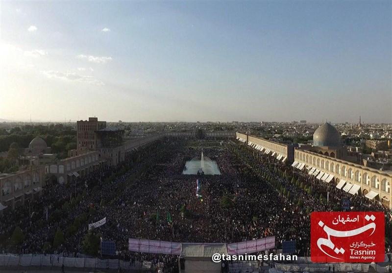 جای سوزن انداختن در میدان امام(ره) نیست + تصاویر