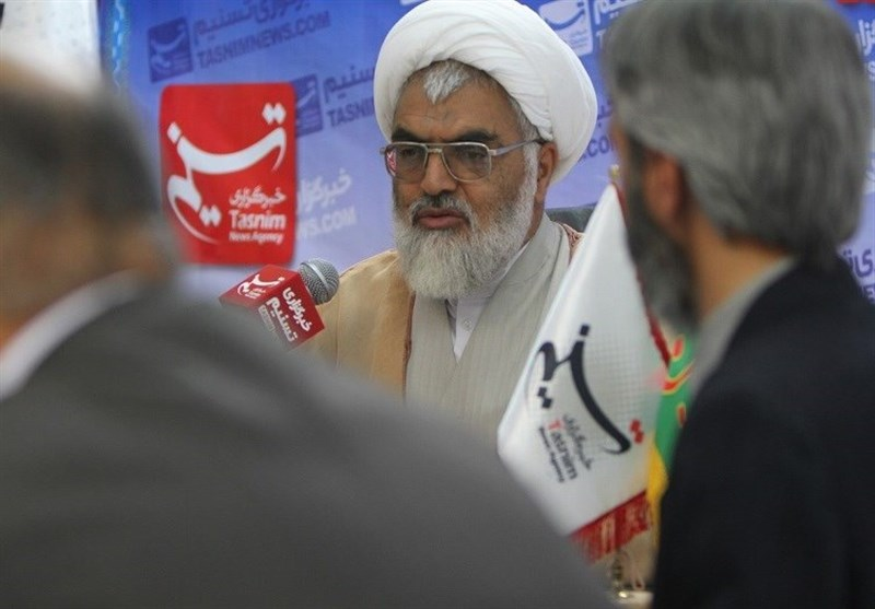 عربستان به دنبال فرار از سرنگونی است