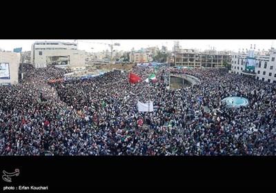 فیلم هِلیشات از اجتماع پرشور حامیان حجت الاسلام رئیسی در میدان شهدای مشهد مقدس