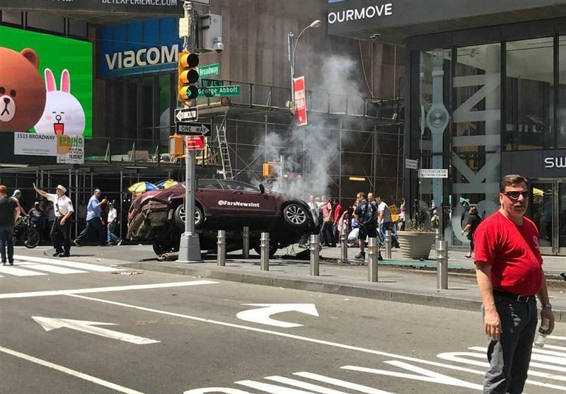 هجوم خودرو به میان جمعیت در نیویورک