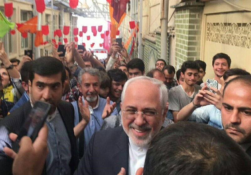 Zarif Hails Iranians' Participation in Elections as 'Glorious'