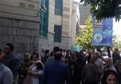 مشارکت بالای مردم در ساعات اولیه انتخابات/ تشکیل صفهای طولانی مقابل شعبههای اخذ رای