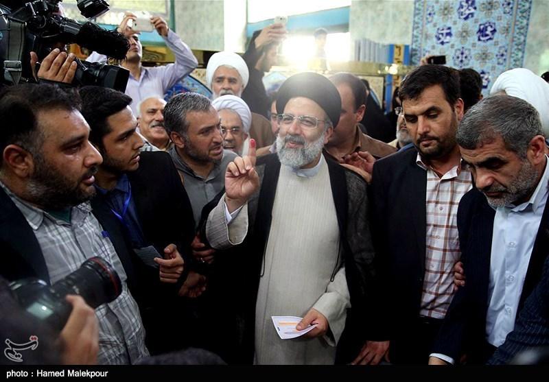 Iranian Presidential Hopeful Raisi Casts Vote (+Photos, Video)
