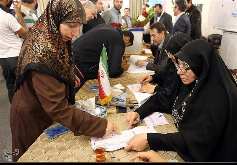 Iranian Nationals in Syria Casting Ballots to Elect Next President (+Photos)
