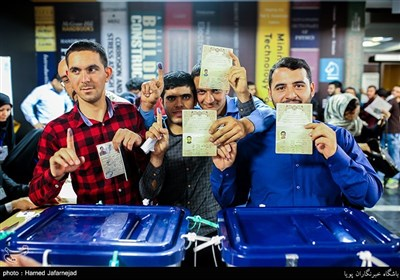 بالصور.. الإنتخابات الرئاسیة ومجالس البلدیات فی إیران