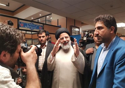 حضور سید ابراهیم رئیسی در ستاد انتخابات وزارت کشور