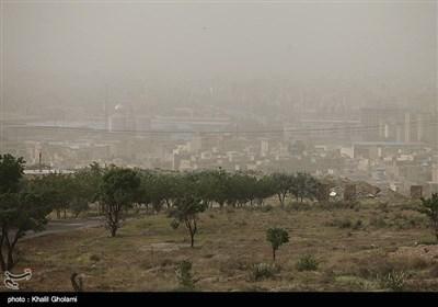 گرد و غبار در تبریز