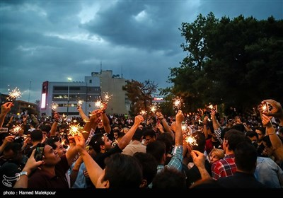 Celebrations across Tehran after Rouhani Win