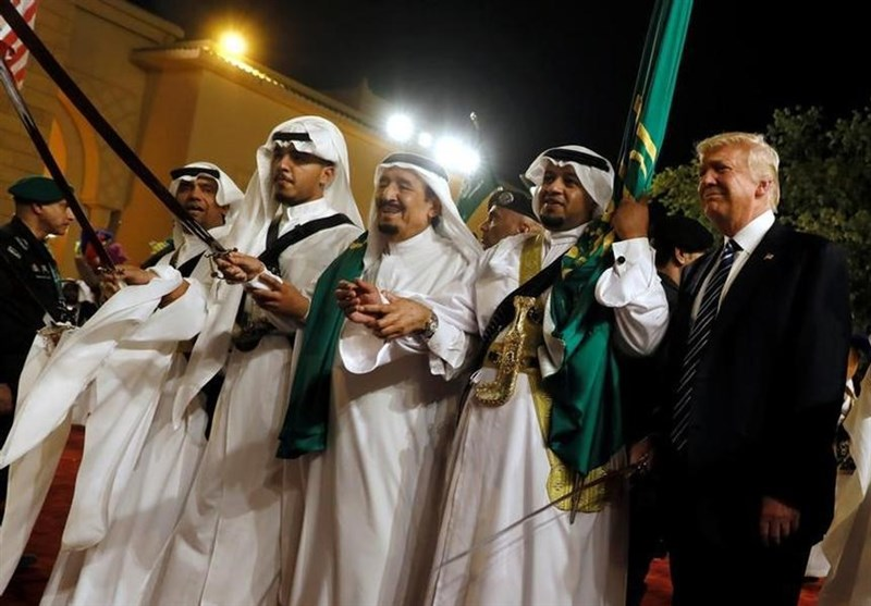 ٹرمپ اور سعودی شاہ کا ناچ