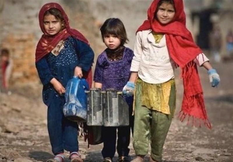 غربت، بدامنی، پسماندگی؛ افغانستان کے 82 فیصد بچے تعلیم جاری نہیں رکھ پاتے