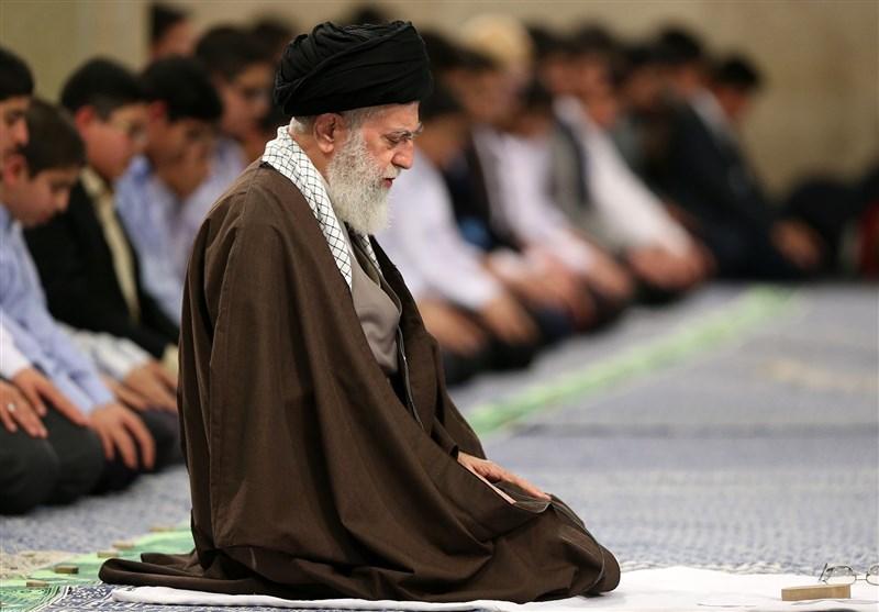 رهبر نماز