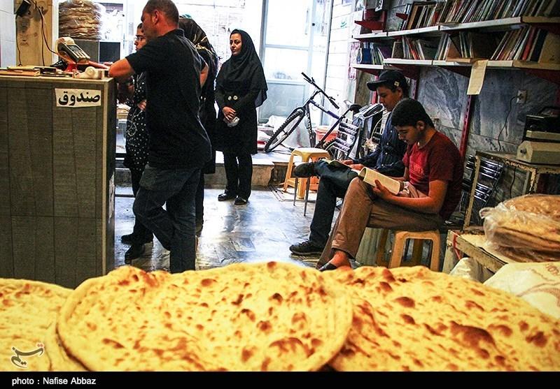 بیتوجهی نانوایان تهرانی به شایعات کرونایی؛ خدمت ادامه دارد